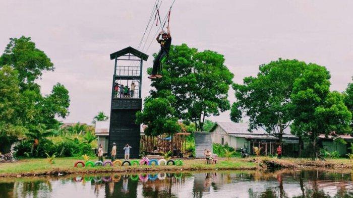 wahana flying fox di Taman Wira Bima Edu Park.jpg