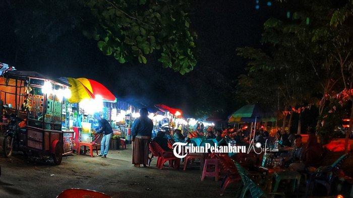 Nikmati Berbagai Jajanan di Wisata Kuliner Bhakti Praja Pelalawan Riau