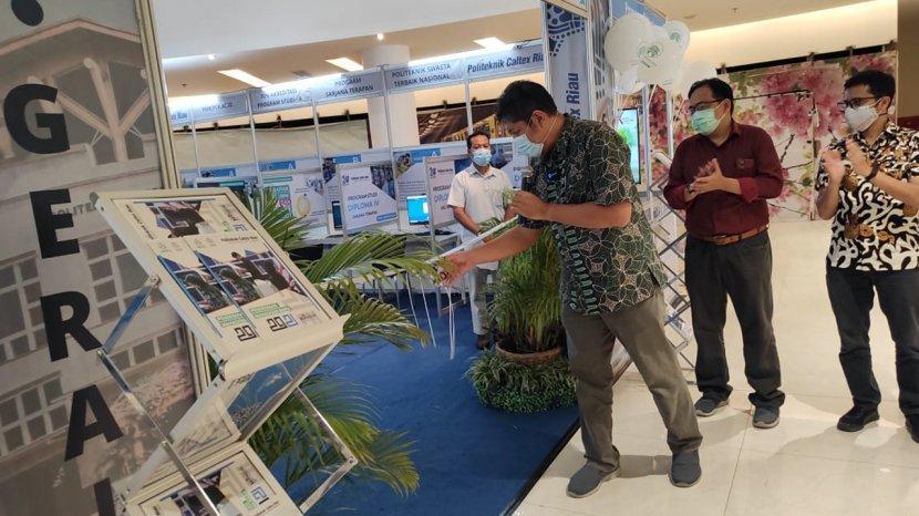 Politeknik Caltex Riau Buka Gerai di Mal SKA, Calon Mahasiswa Baru Bisa Daftar dan Langsung Ujian