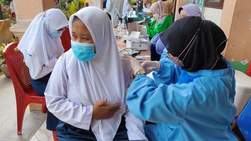 109 Ribu Peserta Didik di Kota Pekanbaru Belum Dapat Suntikan Vaksin Covid-19