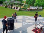 Grup-Musik-Musisi-Tepi-Jalan-di-Siak-Riau-Gelar-Live-Perform-peduli-Palestina.jpg