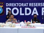 Kapolda-Riau-Irjen-Agung-Setia-Imam-Effendi-saat-ekspose-penangkapan-kasus-narkotika.jpg