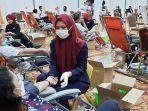 Kegiatan-donor-darah-kerjasama-Relawan-Peduli-Covid-19-dengan-PMI-Pekanbaru-di-Hotel-Furaya.jpg