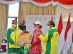 Leani-Ratri-Oktila-Diberi-Bonus-1-Miliar-Oleh-Gubernur-Riau.jpg