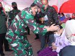 Panglima-TNI-Marsekal-Hadi-Tjahjanto-Tinjau-vaksinasi-di-SMP-Negri-9-Pekanbaru.jpg