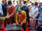 Sandiaga-Uno-Resmikan-Sentra-Budaya-dan-Ekonomi-Kreatif-Melayu-Riau.jpg