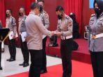 Sat-Lantas-Polres-Inhu-menerima-penghargaan-dari-Kapolda-Riau.jpg