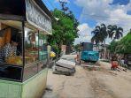 aktvitas-galian-IPAL-di-Jalan-Dagang-Kota-Pekanbaru-mengganggu-aktivitas-usaha-di-sekitarnya.jpg