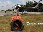 helikopter-untuk-operasi-water-bombing-berada-di-lanud-roesmin-nurjadin-pekanbaru.jpg