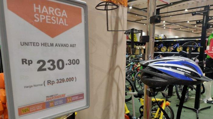 Harga Spesial untuk Helm Sepeda di Transmart Kubu Raya