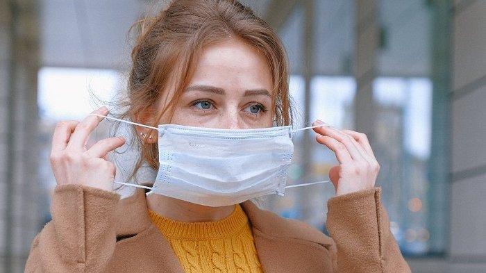 Agar Perlindungan Semakin Efektif, CDC Sarankan Gunakan Masker Ganda Selama Traveling