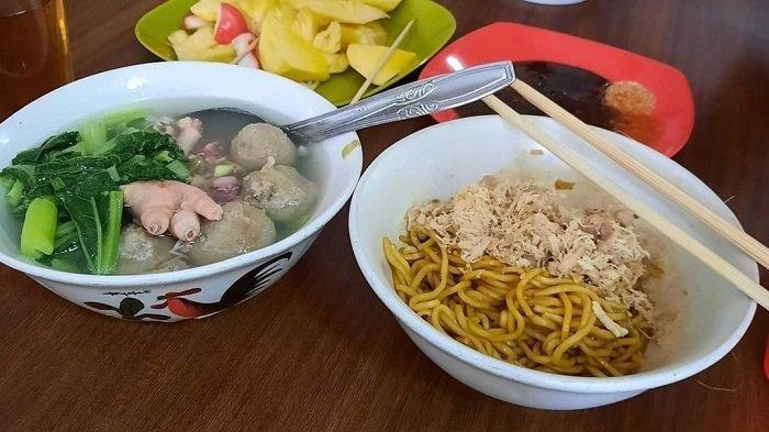 Tempat Makan Mi Yamin Enak dan Legendaris di Bandung, Cocok untuk Makan Siang