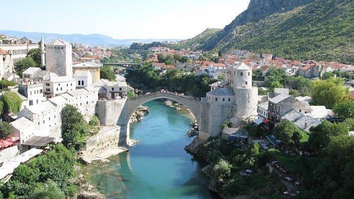 Miliki Wisata Menakjubkan, Ini 4 Negara Eropa yang Sepi Wisatawan