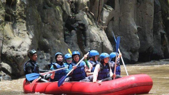 Nikmati Panorama Indah Sungai Ayung dengan 6 Resor Mewah Ini!