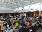 penumpang-bandara.jpg
