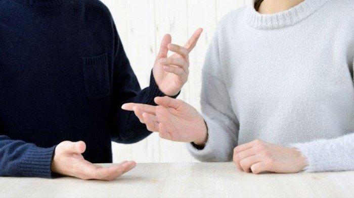 Sering Berdebat Hingga Beda Pendapat dengan Pasangan? Lakukan Hal Ini