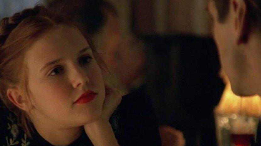 Sinopsis Film Lolita 1997: Terobsesi dan Jatuh Cinta Kepada Seorang Anak Dibawah Umur