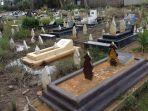 pemakaman.jpg