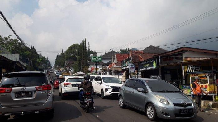 Libur Waisak, Kondisi Jalan Menuju Tawangmangu - Karanganyar Ramai Lancar