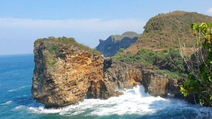 Berburu Senja di Tebing Laut Ngungap Gunungkidul, Obyek Wisata Alam Tebing dan Lautan