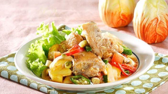 Resep Ayam Goreng Masak Nanas, Menu Enak yang Menambah Selera Makan Kita