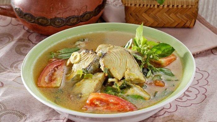 Resep Ikan Woku, Menu Makan Siang Beraroma Lezat Khas Restoran Manado