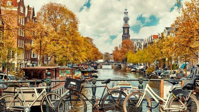 Terganggu dengan Banyaknya Turis, Pemerintah Kini Larang Airbnb Beroperasi di Kota Tua Amsterdam