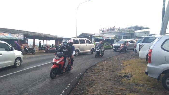 Seminggu Penyekatan Ditiadakan, Wisata Tawangmangu Kini Dipenuhi Kendaraan Luar Kota