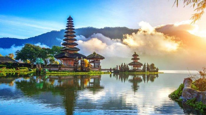 Selama Pandemi Corona, Kunjungan Turis Asing ke Bali Turun Hampir 100 Persen