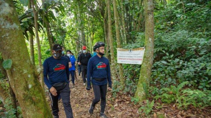 Jadi Wisata Baru di Pontianak, Bukit Rel Wajib Dikunjungi Pecinta Alam