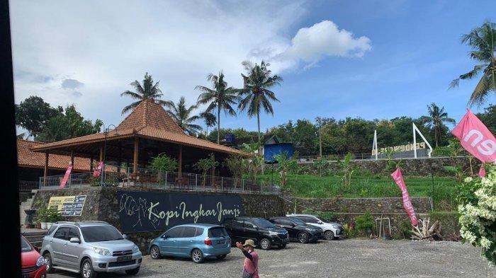 Cafe Ingkar Janji, Spot Ciamik di Kulon Progo DIY Untuk Menikmati Kopi dan Berburu Senja