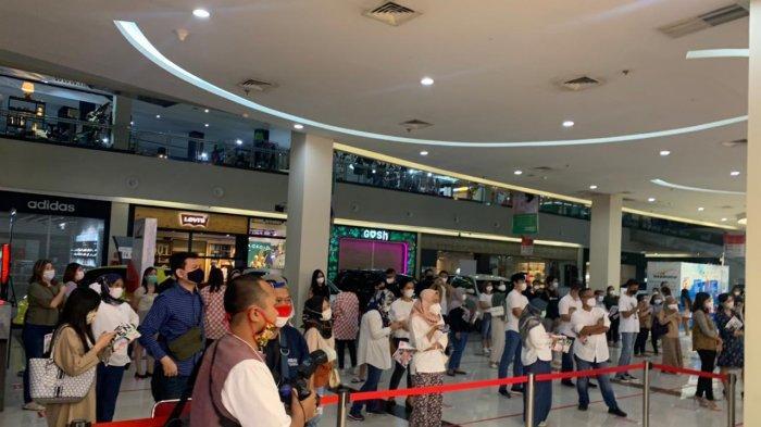 Uniqlo Dibuka Hari Ini di Solo Paragon Mall, Pembeli Rela Antre Demi Diskonan