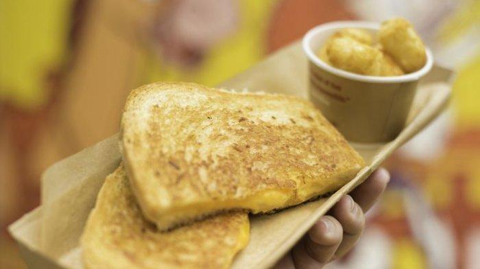 Disney Bocorkan Resep Sandwich Keju Khas Toy Story, Bisa Dibuat di Rumah