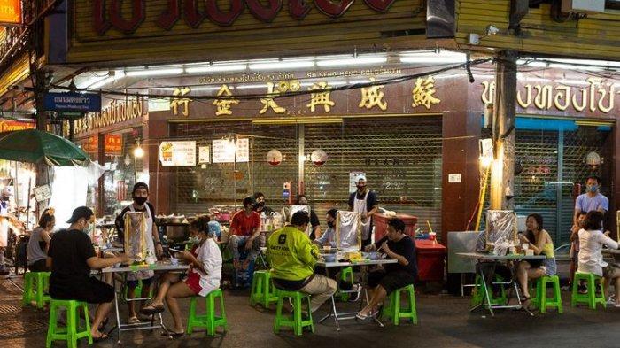 Aktivitas Kembali Normal di Bangkok, Street Food Dibatasi Plastik dan Jaga Jarak