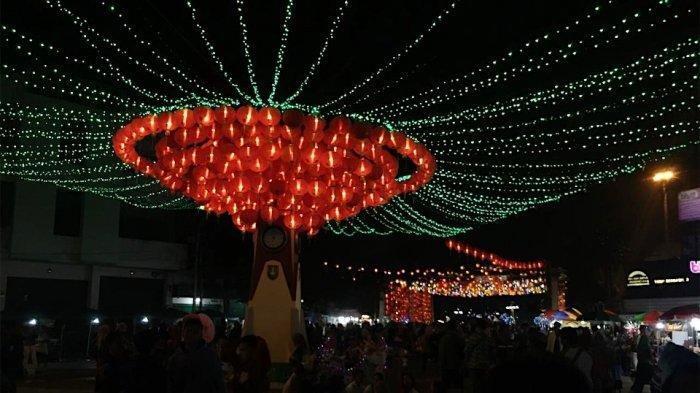 Tips Mengatur Kamera untuk Memotret Lampion Imlek di Pasar Gede Solo