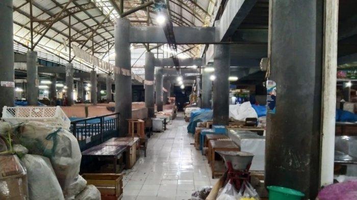 Ratusan Pedagang Tutup Lapak Hari Pertama 'Jateng di Rumah Saja', Pasar Tawangmangu Sepi dan Sunyi