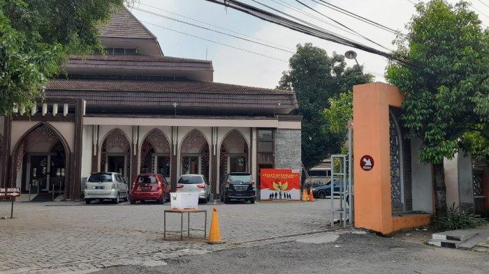 Masjid Al Falah Sragen: Beri Makan Gratis Kepada Jamaah Hingga Buka 24 Jam