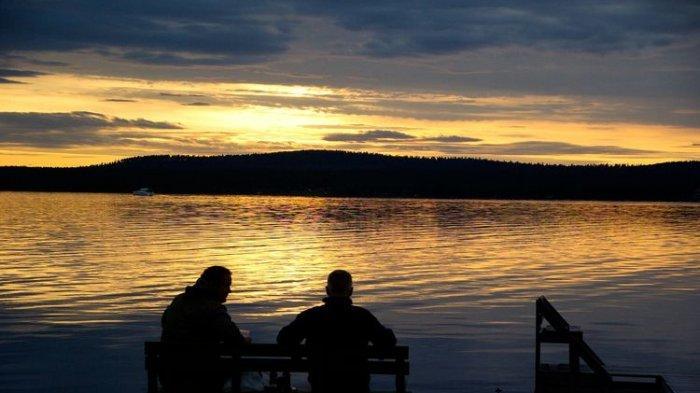 Menikmati Midnight Sun, Cara Warga Negara Skandinavia Menikmati Musim Panas