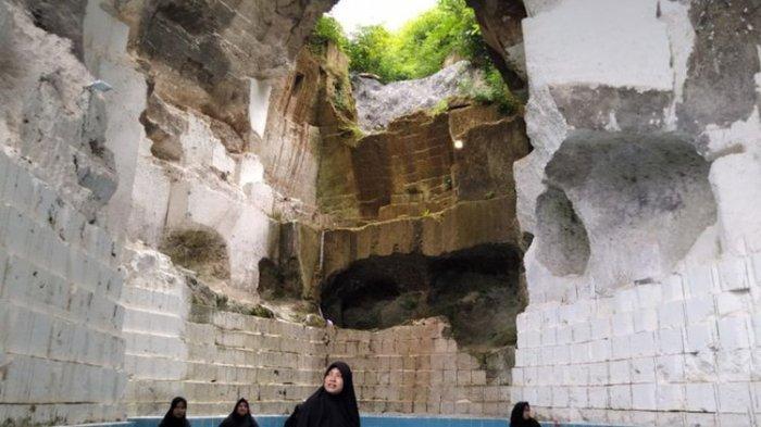 Pemandian Hijaber, Wahana Baru Wisata Gresik yang Dibangun di Gua Bekas Tambang Kapur