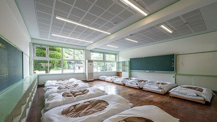 Hostel di Jepang ini Tawarkan Sensasi Jadi Anak Sekolah, Menghinap di Ruang Kelas dan Dijemput Bis