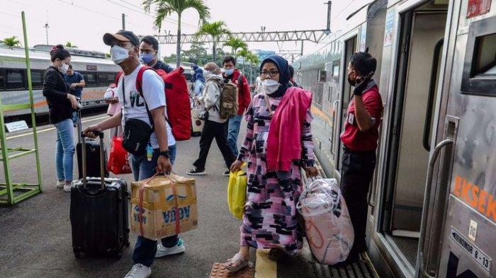 Jumlah Kedatangan Penumpang KA Jarak Jauh Daop 1 Jakarta Turun Selama Periode Larangan Mudik