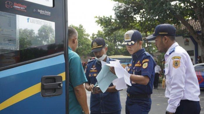Kondisi Terminal Sukoharjo Hari Pertama Larangan Mudik, Tak Ada Bus Masuk Hari Ini
