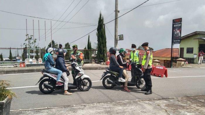 Tak Bisa Nongkrong di Tawangmangu, Pengendara Motor Ini Terpaksa Harus Putar Balik Saat Penyekatan