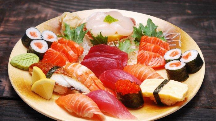 Restoran sushi di Jepang Ini Sediakan Kapsul Pribadi Bagi Pelanggan Yang Tak Suka Bersosialisasi
