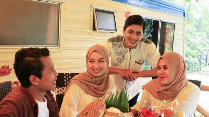 Merasakan Sensasi Buka Puasa di Alam Terbuka Kampung Caravan, Bogor