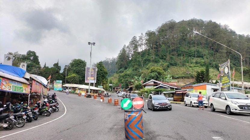 Kasus Positif Covid-19 Naik di Karanganyar, Jalur Lalu Lintas Wisata Tawangmangu Terpantau Lengang