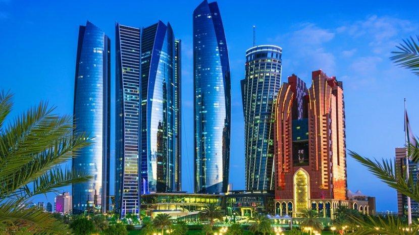 Kurangi Penyebaran Virus Corona, Abu Dhabi Luncurkan Vaksin Gratis untuk Turis Asing