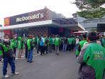 McDonalds-Slamet-Riyadi-Solo-saat-promo-BTS-Meal-yesss.jpg
