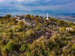 bukit-salib-medjugorje-bosnia-dan-herzegovin-yos.jpg