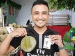 gratis-durian-singapura-yeee.jpg